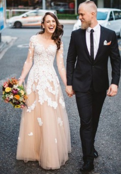 A-Line Scoop 3/4 Sleeves Champagne Tulle Prom Dress with Appliques