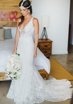 Mermaid Style Lace V-neck Court Train Beach Wedding Dress