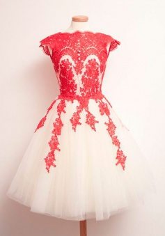 Stunning Short A-line Red Applique Light ChampagneTulle Prom/Homecoming Dress