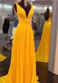 Elegant V-neck Sleeveless Floor-Length Ruched Chiffon Prom Dress