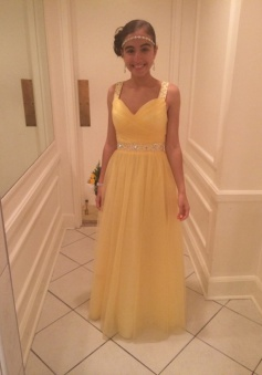 Special Scoop Neck Sleeveless Floor-Length Yellow Prom Dress with Beading