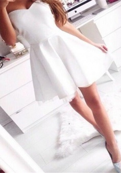 Simple Sweetheart A-line Short Prom Dress White Homecoming Dress