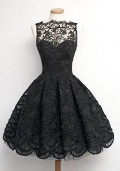 A-Line Scalloped-Edge Sleeveless Vintage Black Lace Prom/Homecoming Dress