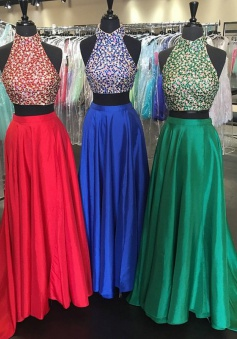 New Arrival High Neck Satin Backless Two Piece Prom Dress with Beaded