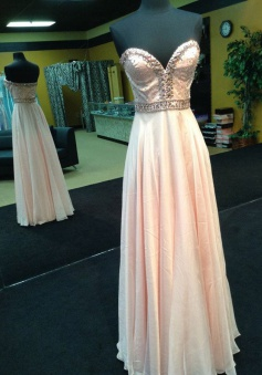 Elegant Peach Prom/Evening Dress - Chiffon A-Line Peach Sweetheart with Beading