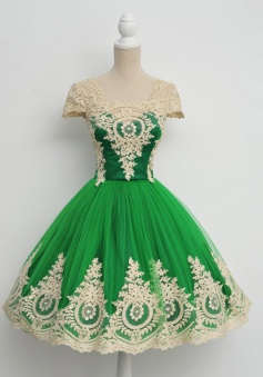 Vintage Ball Gown Cap Sleeves Green Prom Dress With Appliques