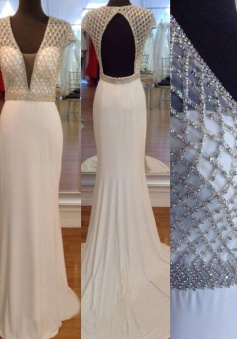 Elegant Mermaid Backless Prom Dress with Beaded-White Long V-Neck Prom dress
