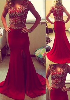 Mermaid Prom Dress/Evening Dress - Red V-Neck Sweep Train Two Piece Beading