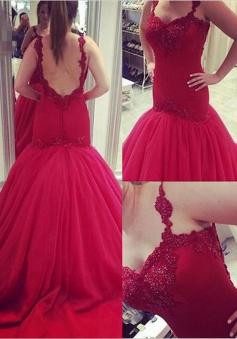 Mermaid Prom Dress/Evening Dress - Red V-Neck Court Train Appliques