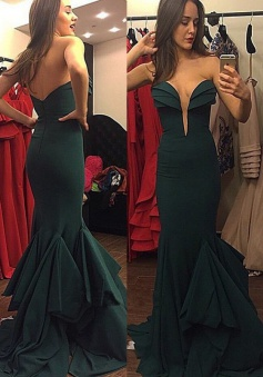 Mermaid Sweetheart Sweep Train Dark Green Prom Dress with Ruffles