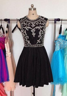 A-line Jewel Above-knee Taffeta Backless Black Short Homecoming Dress with Beading