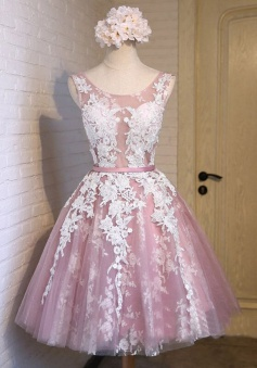 Popular Bateau Sleeveless Knee-Length Rose Quartz Homecoming Dress with White Appliques Sash