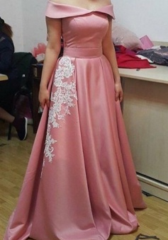 Generous Off Shoulder Floor-Length Prom Dress with Appliques