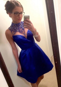 Crispy High Neck Sleeveless Short Royal Blue Prom Dress with Beading