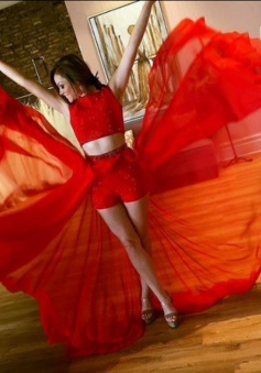 Two Piece Jewel Sleeveless Floor-Length Red Chiffon Prom Dress with Beading