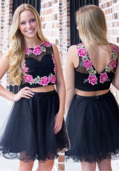 Crispy 2 Piece Jewel Sleeveless Short Black Prom Dress with Appliques