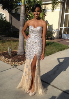 Elegant Mermaid Sweetheat Sleeveless Split Front Long Prom Dress with Beading Sequins
