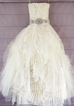 Crispy Strapless High Low Wedding Dress with Beading Lace