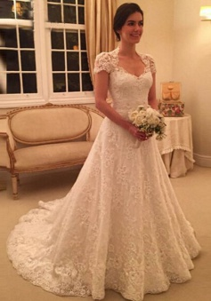 Delicate Scoop Short Sleeves Long Lace Wedding Dress Illusion Back
