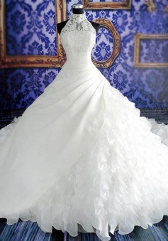 Dignified Halter Ball Gown Watteau Train Tiered Organza Wedding Dress with Appliques Pearls