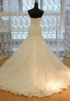 Glamorous Mermaid Strapless Sleeveless Beading Appliques Lace-Up Wedding Dress