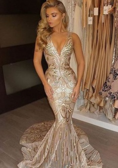 Mermaid V-Neck Court Train Sleeveless Gold Lace Prom Dress with Sequins