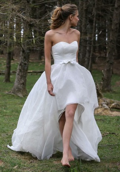 High Low Sweetheart Sleeveless Organza Appliques Beach Wedding Dress