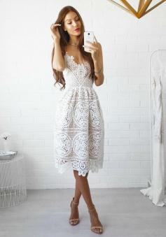 A-Line Spaghetti Straps Sleeveless Short White Lace Homecoming Dress