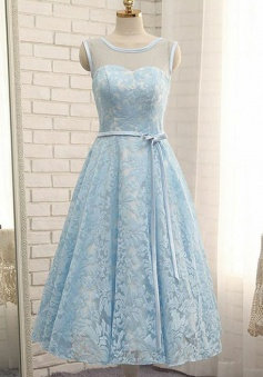 A-Line Bateau Sleeveless Short Blue Lace Homecoming Dress with Sash