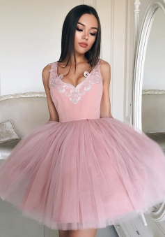 Ball Gown V-Neck Short Pink Tulle Homecoming Dress with Appliques