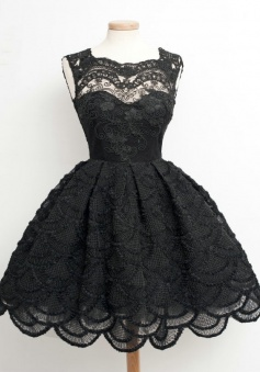 A-Line Scalloped-Edge Sleeveless Vintage Black Lace Homecoming Dress with Appliques