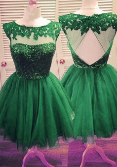 A-line Scoop Short Tulle Lace Green Homecoming Dress with Appliques Beaded