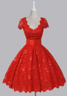Vintage V-neck Cap Sleeves Knee-Length Backless Red Lace Homecoming Dress with Sequins