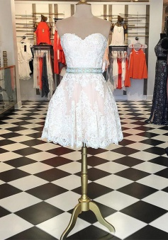 High Quality Sweetheart Short White Lace Homecoming Dress with Beading Waist