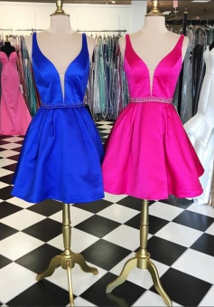 Simple V-neck Sleeveless Short Royal Blue Homecoming Dress Beading Waist