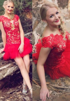 Chic Scalloped-Edge Cap Sleeves Short Red Homecoming Dress with Lace Top