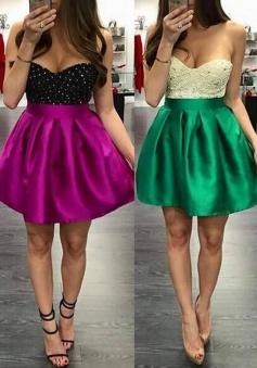 Sexy Sweetheart Sleeveless Mini Homecoming Dress with Beading