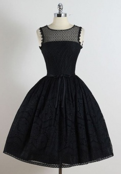 A-Line Crew Knee-Length Sleeveless Black Lace Homcoming Dress