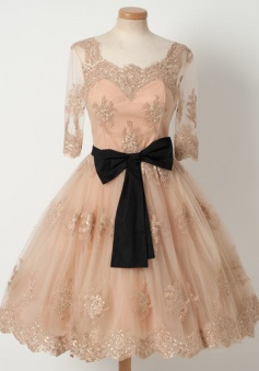 A-Line Square Knee-Length Half Sleeves Champagne Tulle Homecoming Dress wuth Appliques Belt