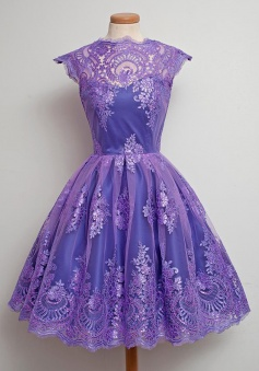 A-Line Jewel Knee-Length Cap Sleeves Grape Tulle Homecoming Dress with Appliques