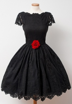 A-Line Crew Knee-Length Cap Sleeves Backless Black Lace Homecoming Dress with Flower