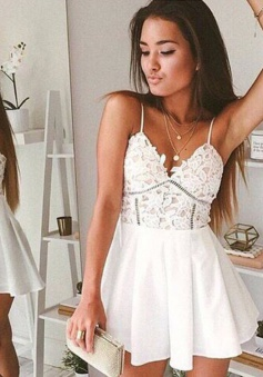 A-Line Spaghetti Straps Short Chiffon Homecoming Dress with Lace