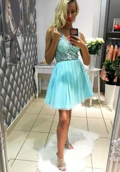 A-Line V-Neck Short Mint Green Tulle Homecoming Dress with Lace