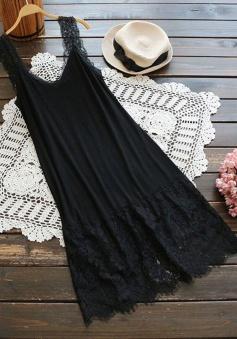 Sheath Scoop Sleeveless Little Black Dress with Lace