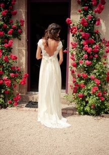 Cap Sleeves Sexy Beaded V-Neck Summer Beach Wedding Dress
