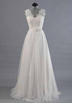 Elegant Sweep Train Open Back V-neck Lace Wedding Dress