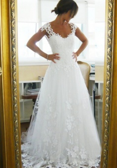 Appliques Cap Sleeves Square Court Train White Tulle Wedding Dress With Lace