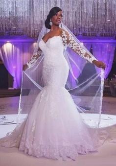 Sweetheart Sweep Train Long Sleeves Applique Trumpet/Mermaid Wedding Dresses