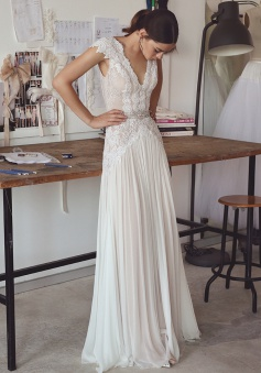 Chiffon Crystal Glamorous Lace Cap-Sleeve Lace Long Wedding Dress