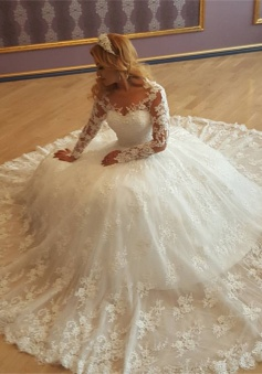 Appliques Vintage Lace Ball Gown Long Sleeves Bride Dress Gorgeous Wedding Gowns 2018 BA7299